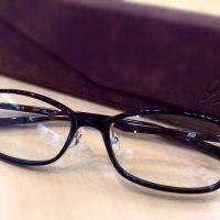 フォーナインズ 品番:NP-725 カラー:90(ブラック) レンズサイズ:54ミリ