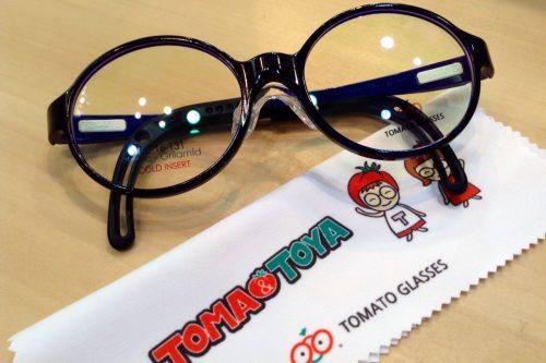 トマトグラッシーズ 品番:TKBC21 カラー:NV/NV レンズサイズ:44ミリ