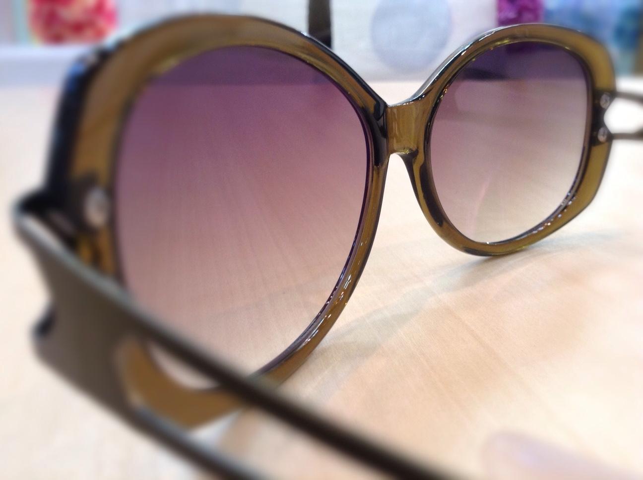 ちょこサン 品番:FG24501 カラー:OL レンズサイズ:57ミリ