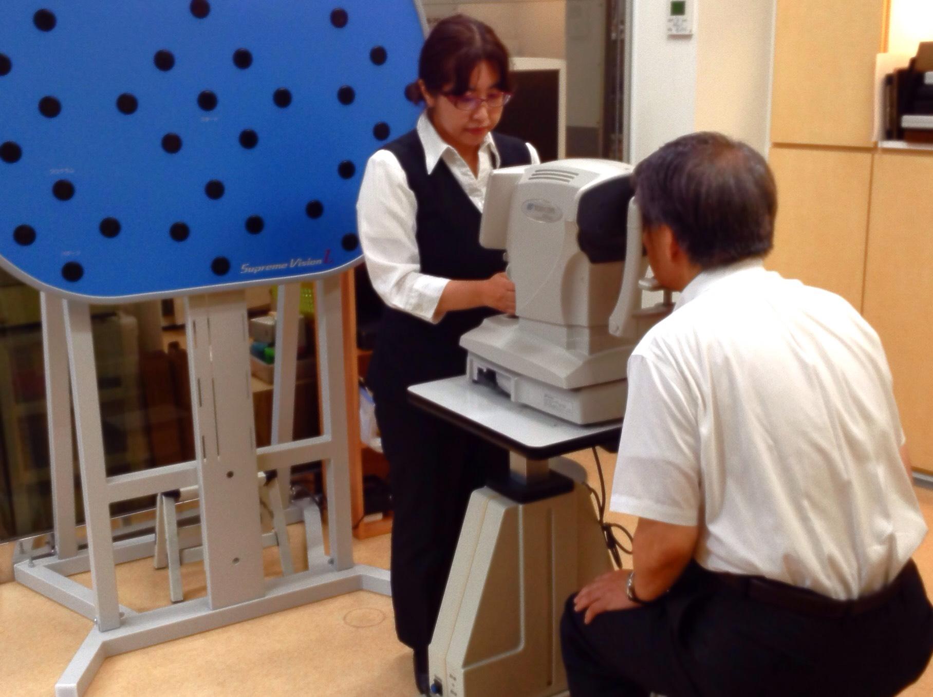 メガネのサトー 夏の目と耳の健康フェア ルテイン測定 パーソナルカラー診断