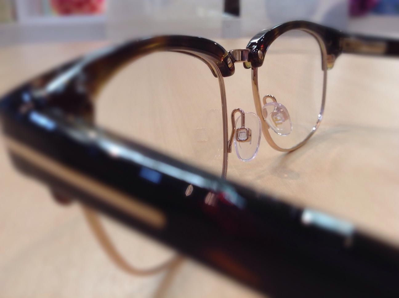 トムフォード 品番:TF5458 カラー:052 レンズサイズ:51ミリ