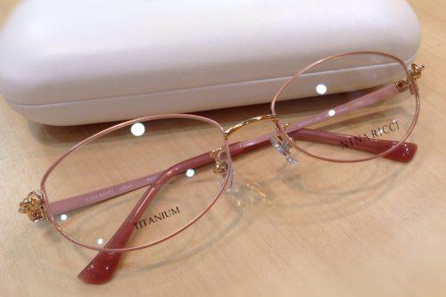 ニナリッチ 品番:NR27519 カラー:PK レンズサイズ:52ミリ