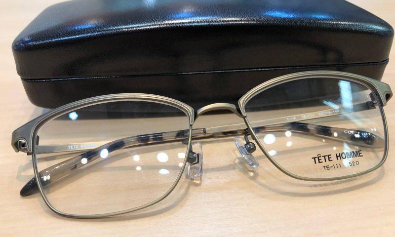 テットオム 品番:TE-111 カラー:1(アンティークゴールド) レンズサイズ:52ミリ