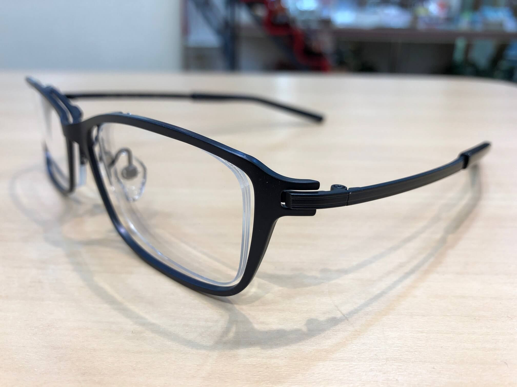 フォーナインズ 品番:S-825T  カラー:7 レンズサイズ:54ミリ