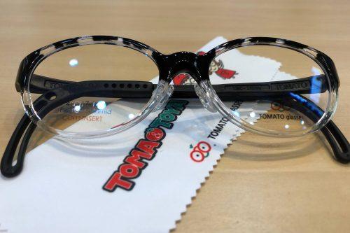 トマトグラッシーズ 品番:TJBC16 カラー:BKデミハーフ レンズサイズ:46ミリ
