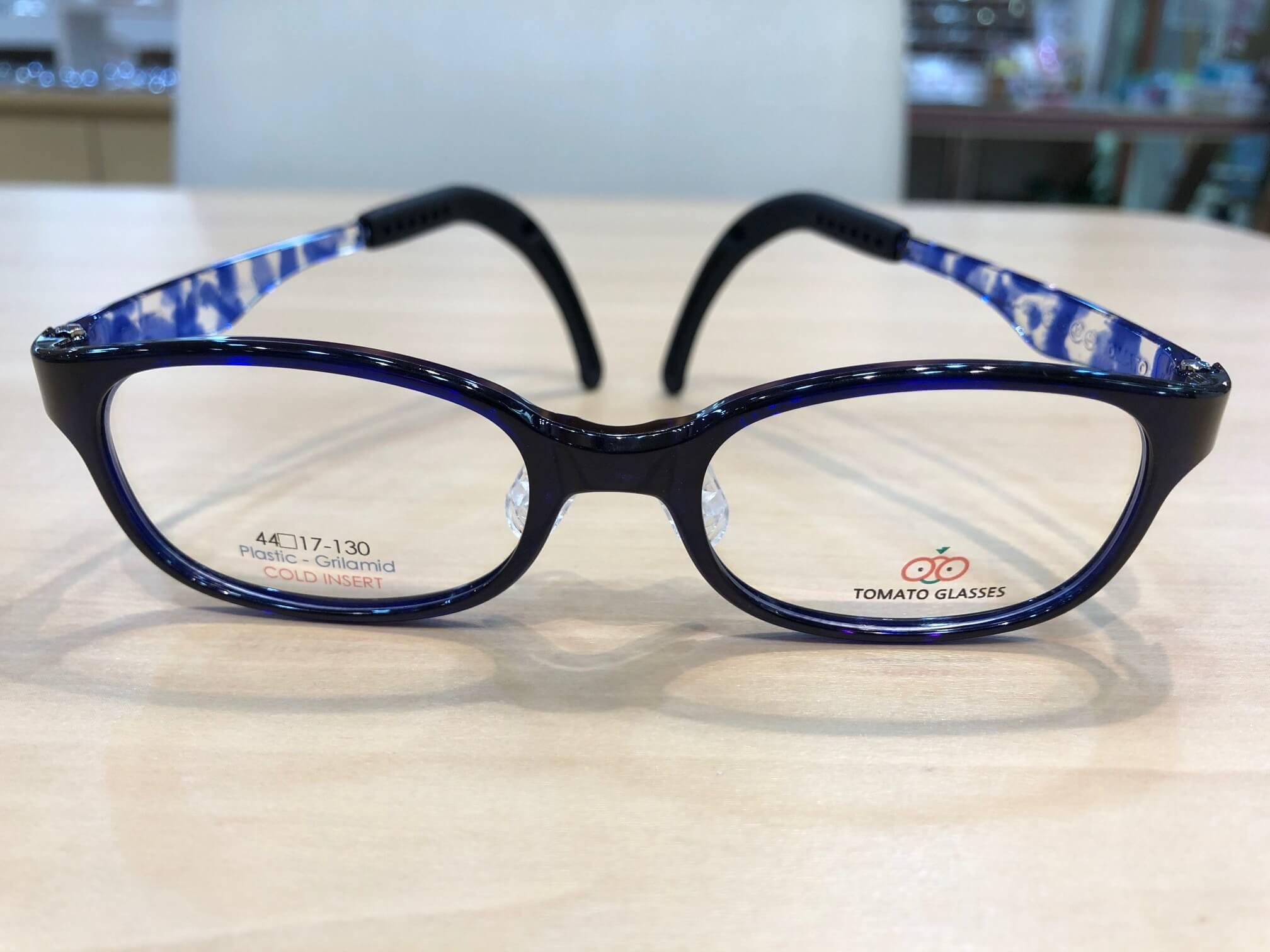 トマトグラッシーズ 品番:TKAC19 カラー:ブルー/BLデミ レンズサイズ:44ミリ