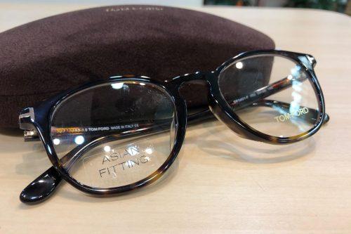 トムフォード 品番:TF-5401F カラー:052 レンズサイズ:50ミリ